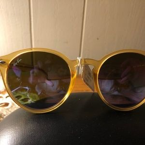 RB2180-F Ray-ban Yellow Round Sunglasses